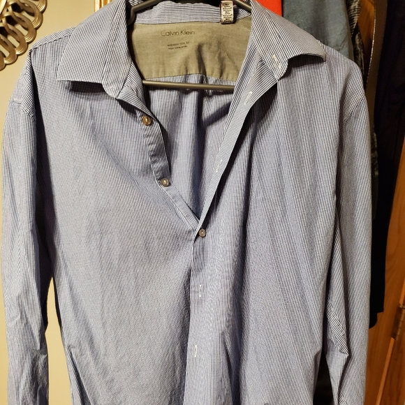 Men'sCalvin Klein shirt for $20